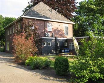 Kamer in Enschede, Kuipersdijk op Kamernet.nl: Gemengd studentenhuis net buiten centrum!