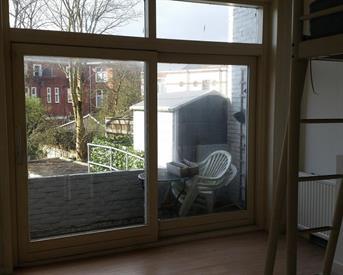 Kamer in Groningen, Van Houtenlaan op Kamernet.nl: Leuke studentenkamer met balkon