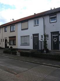 Kamer in Landgraaf, Blauwsteenstraat op Kamernet.nl: Instapklare tussenwoning met 3 slaapkamers