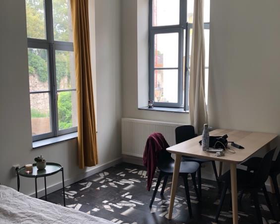 Kamer aan Bonnefantenstraat in Maastricht