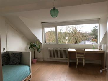 Kamer in Huizen, Want op Kamernet.nl: Mooie kamer in groot woonhuis in Huizen, t Gooi
