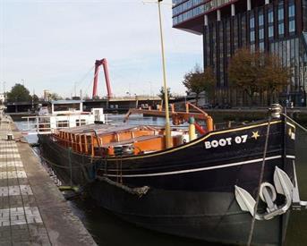 Kamer in Rotterdam, Scheepmakerskade op Kamernet.nl: 4 kmr appartement op woonboot