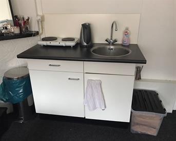 Kamer in Groningen, Lingestraat op Kamernet.nl: Mooie kamer met eigen keukenblok