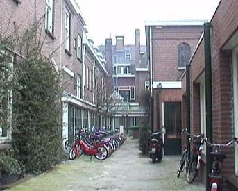 Kamer in Tilburg, Dr. Nolensstraat op Kamernet.nl: LEUKE KAMER MET WASTAFEL EN LAMINAAT