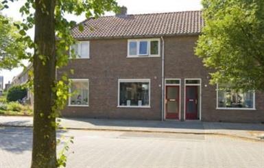 Kamer in Almelo, Tollensstraat op Kamernet.nl: Leuke tussenwoning in Almelo met 3 slaapkamers en berging