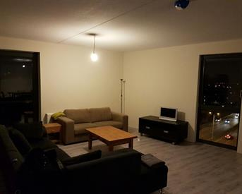 Kamer in Leiden, West-Indiebaan op Kamernet.nl: Kamer in Luxe Appartement