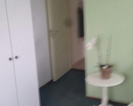 Kamer aan Hildo Kropplein in Amsterdam