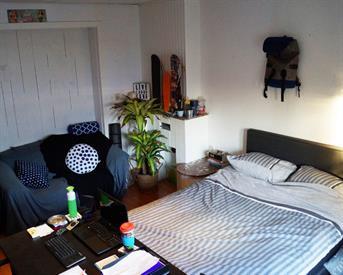 Kamer in Enschede, Lipperkerkstraat op Kamernet.nl: *** is opzoek naar een nieuwe huisgenoot!