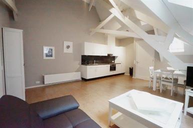Kamer in Eindhoven, Nieuwe Emmasingel op Kamernet.nl: Compleet gerenoveerd gemeubileerd appartement