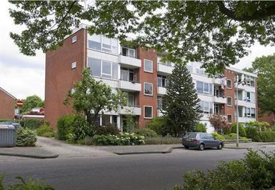 Kamer in Enschede, Zweringweg op Kamernet.nl: Gemeubileerd appartement in Enschede €1030,- per maand