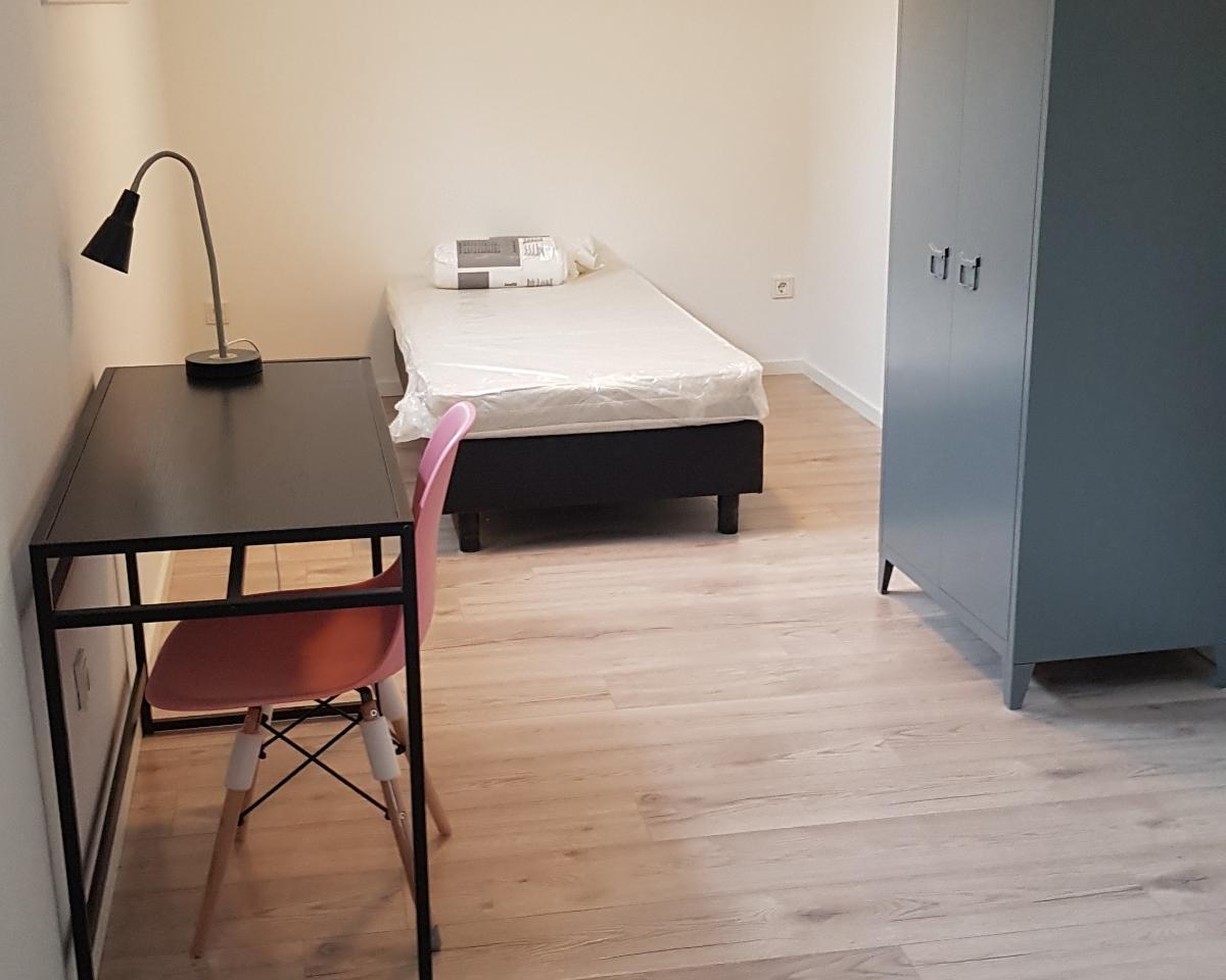 Kamer te huur in de Straatsburglaan in Enschede