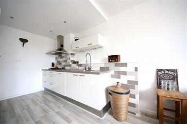 Kamer in Noordwijkerhout, Braambos op Kamernet.nl: Sfeervol en licht, instapklaar 2 kamer-appartement