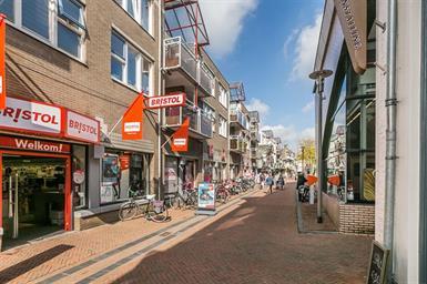 Kamer in Apeldoorn, Nieuwstraat op Kamernet.nl: Zeer net 3-kamerappartement