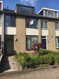 Kamer in Nieuwegein, Bartokstraat op Kamernet.nl: Tussenwoning met tuin