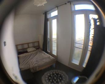 Kamer in Amsterdam, Cas Oorthuyskade op Kamernet.nl: Gemeubileerde kamer in comfortabel appartement