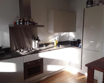 Kamer in Amsterdam, Zeilstraat op Kamernet.nl: Appartement met 3 slaapkamers oud zuid!