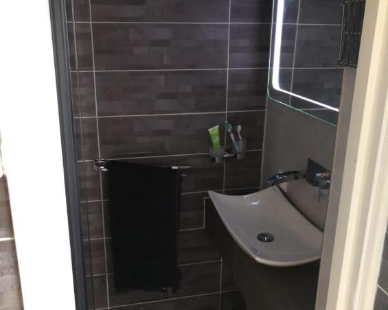 Wc Leyweg Den Haag.Apartment For Rent In Den Haag 1300 Kamernet