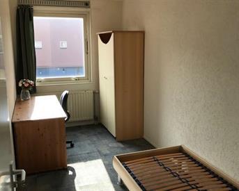 Kamer in Almere, Pigmenthof op Kamernet.nl: Kamer 10m2 gemeubeleerd