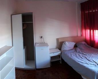 Kamer in Amsterdam, Burgemeester Hogguerstraat op Kamernet.nl: Cozy Room New-West