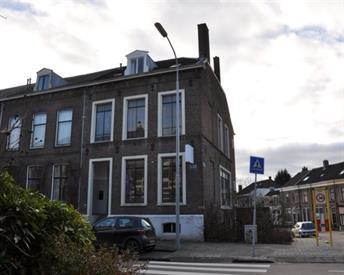 Kamer in Tiel, Stationsstraat op Kamernet.nl: Ruime kamer nabij NS station en centrum van Tiel