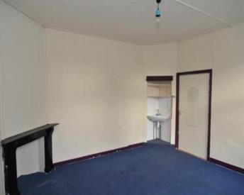 Kamer in Leeuwarden, van der Kooijstraat op Kamernet.nl: Ruime kamer met eigen wasbak