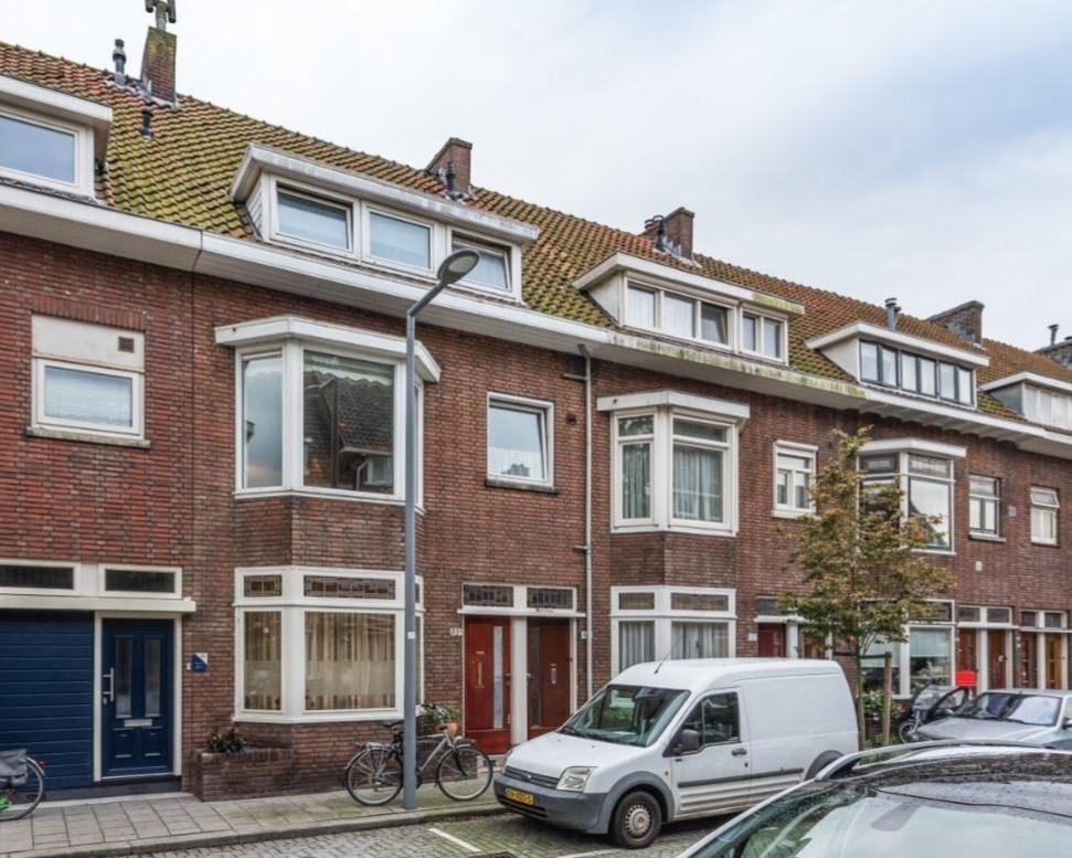 Kamer te huur in de Azaleastraat in Rotterdam