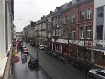 Kamer in Maastricht, Wycker Brugstraat op Kamernet.nl: Mooi ruim gerenoveerd en volledig gemeubileerd appartement
