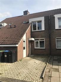 Kamer in Heerlen, Fossielenerf op Kamernet.nl: Intermediate family house in the district of Rennemig in Heerlen