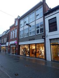 Kamer in Hengelo, Nieuwsteeg op Kamernet.nl: Kamers boven winkels