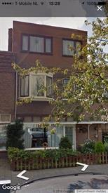 Kamer in Haarlem, Floresstraat op Kamernet.nl: Halve Studio te huur in haarlem voor 550 euro inclusief g/e/w