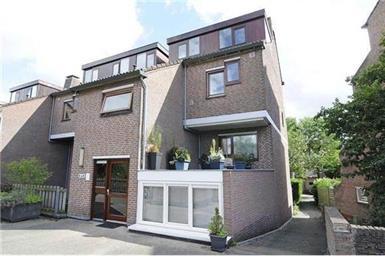 Kamer in Utrecht, Albert van Dalsumlaan op Kamernet.nl: LUXE GEMEUBILEERD BOVENHUIS