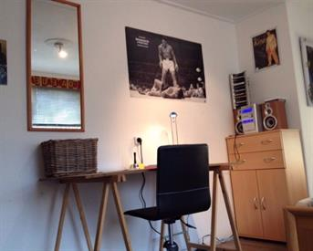 Kamer in Enschede, Borstelweg op Kamernet.nl: Gezellig huis zoekt nieuwe vrouwelijke huisgenoot