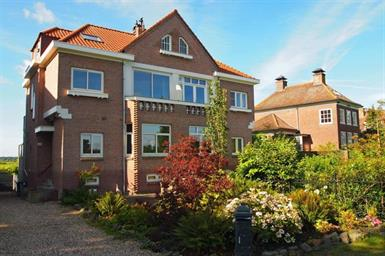 Kamer in Amstelveen, Amsteldijk Noord op Kamernet.nl: Prachtig ruim volledig gemeubileerd appartement aan Amstel