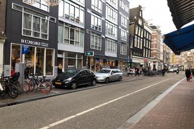 Kamer in Amsterdam, Haarlemmerstraat op Kamernet.nl: Very beautiful double floor apartment