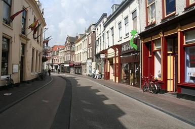 Kamer in Utrecht, Voorstraat op Kamernet.nl: 3-KAMER APPARTEMENT MET DAKTERRAS