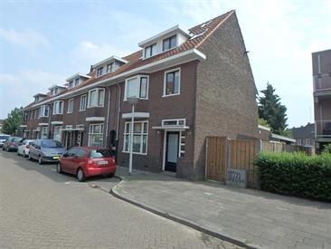 Kamer in Eindhoven, Schouwbroekseweg op Kamernet.nl: Een waanzinnig mooi afgewerkt studenten huis