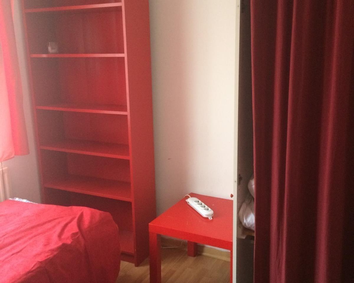 Kamer te huur in de Sint-Janstraat in Rotterdam