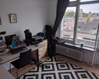 Kamer in Utrecht, Marco Pololaan op Kamernet.nl: Tijdelijke kamer in licht en groot appartement