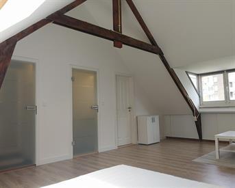 Kamer in Maastricht, Waldeck Pyrmontstraat op Kamernet.nl: Newly renovated attic suite