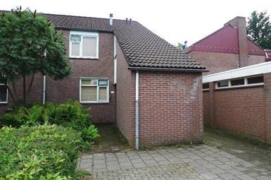 Kamer in Enschede, Operastraat op Kamernet.nl: Rustig gelegen, ruime hoekwoning met 3 grote slaapkamers