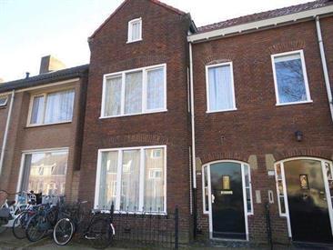Kamer in Eindhoven, Tongelresestraat op Kamernet.nl: Studentenhuis voor in totaal 4 bewoners