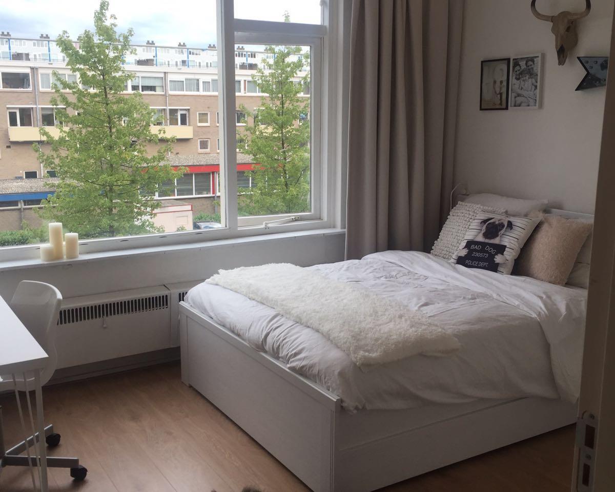 Kamer aan S. F. van Ossstraat in Amsterdam