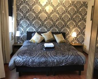 Kamer in Helmond, Laan door de Veste op Kamernet.nl: Luxurious Room in Exclusive Town House