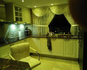 Kamer in Hoorn, Moerbalk op Kamernet.nl: Luxury 3 Bed room IndepeHouse  to Rent
