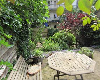 Kamer in Amsterdam, Tugelaweg op Kamernet.nl: Appartement met tuin