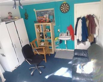 Kamer in Utrecht, Poortstraat op Kamernet.nl: Sunset kamer, dit weekend hospi