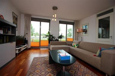 Kamer in Amsterdam, B. Merkelbachsingel op Kamernet.nl: Van dit leuke 3 kamer appartement wordt iedereen blij!