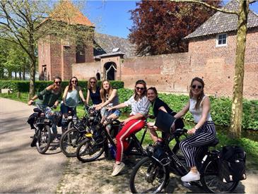 Kamer in Enschede, Korte Hengelosestraat op Kamernet.nl: Centre Fille zoekt nieuw huisgenootje