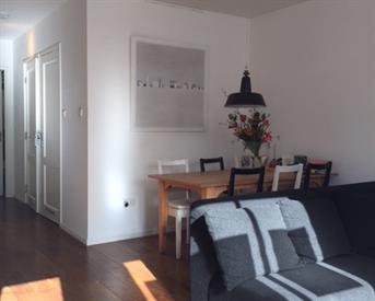 Kamer in Amsterdam, Frederiksstraat op Kamernet.nl: Kamer te huur in mooi modern en licht appartement