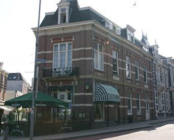 Kamer in Nijmegen, Lange Hezelstraat op Kamernet.nl: Leuke kamer van 10 m2 met een eigen wastafel